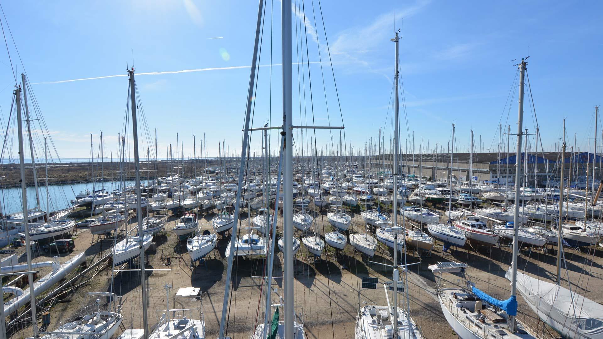 Navy-service-port-a-sec-port-saint-louis-du-rhone-03