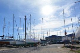 Plaisance à Port Saint Louis du Rhône Navy Service