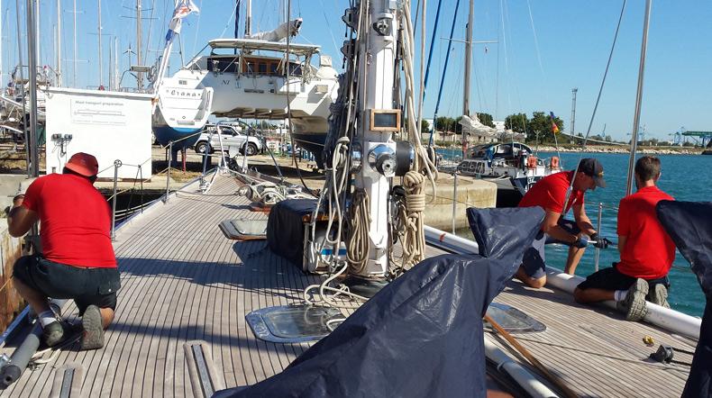 Port de Plaisance à Port Saint Louis du Rhône Navy Service Hard standing boat yard France