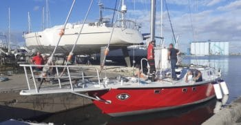 La réplique du voilier mythique de Bernard Moitessier à Port Navy Service | Port à sec
